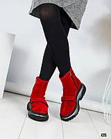"""Ботинки женские замшевые  с логотипом """"B@lenci@ga"""" красные"""
