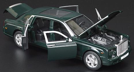 Коллекционная машинка Rolls Royce Phantom зеленая металлическая модель в масштабе 1:32