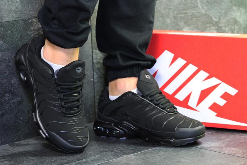 52b39a11 Топ продаж Кроссовки мужские найк черные зимние кожаные нубук меховые  (реплика) Nike Air Max TN Black