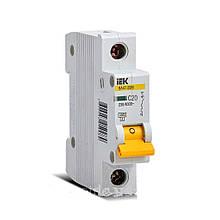 Вимикач автоматичний IEK MVA21-1P С20