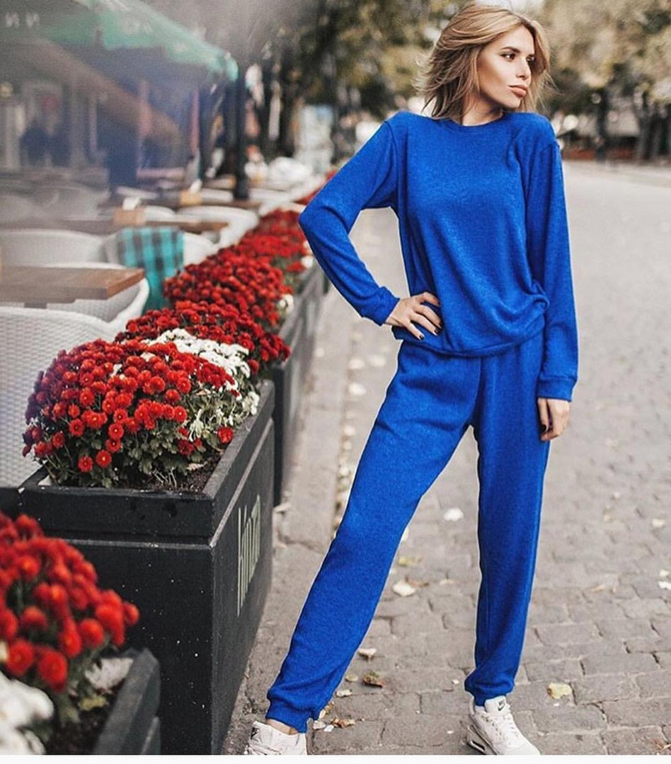 f2663bf88142 Модный женский костюм из ангоры, синего цвета - Интернет-магазин одежды и  обуви от