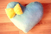 Светящаяся подушка, Сердце синее с жёлтым бантиком