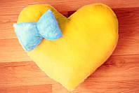 Светящаяся подушка, Сердце жёлтое с синим бантиком