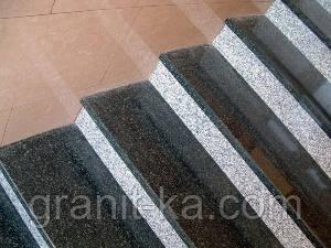 Красивые лестницы из гранита