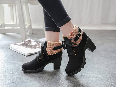 Элегантные утепленные женские ботинки на каблуке, фото 2