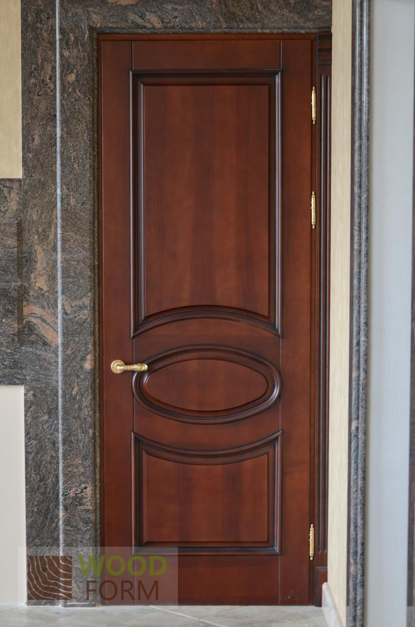 Двери ясень, текстура дерева,  цвет орех тонировка. Серия 80