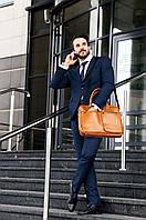 Шкіряна сумка на плече для ноутбука світло коричнева Solier SL01
