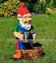 Садовая фигура Гном садовник, фото 3