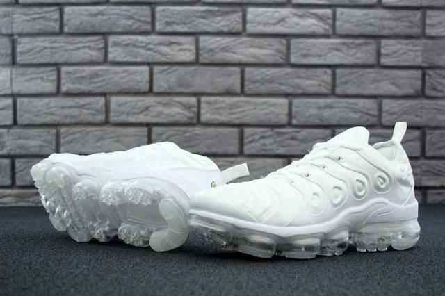 Купить белые кроссовки Nike Air фото
