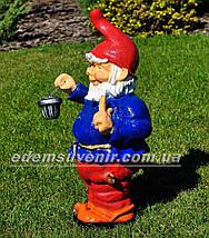 Садовая фигура Гном толстяк с фонарем, фото 2