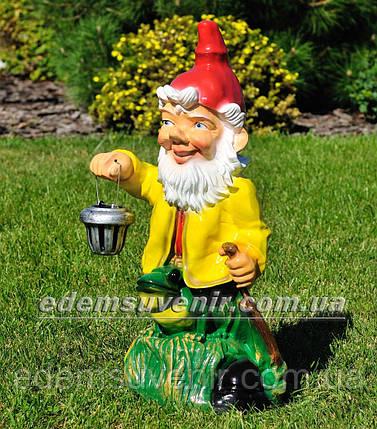 Садовая фигура Гном с жабой с фонарем, фото 2