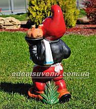 Садовая фигура Гном официант, фото 3