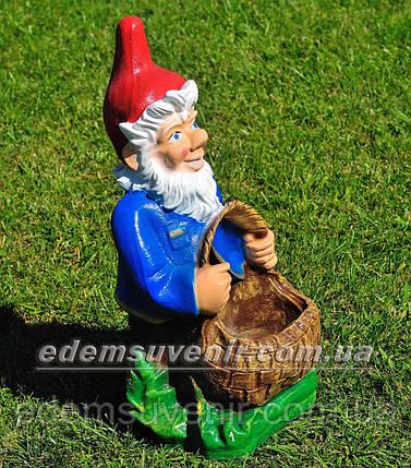 Садовая фигура Гном с корзиной, фото 2