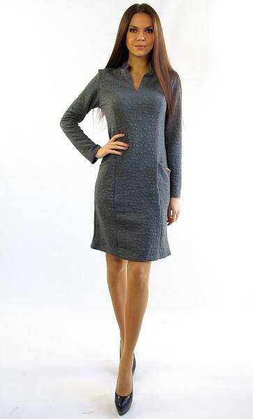 Теплое платье-трапеция для офиса