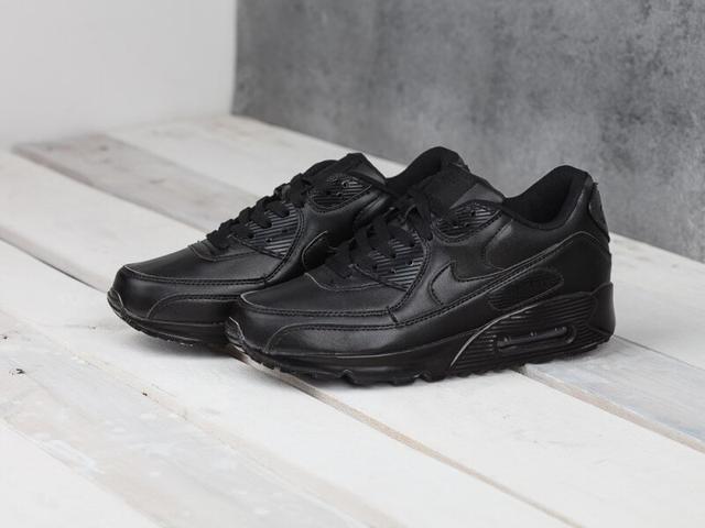 Nike Air Max 90 фото
