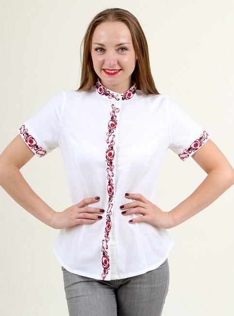 Льняная блуза женская украшена красным орнаментом