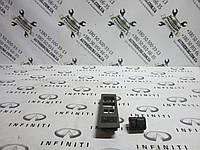 Кнопка управления зеркалами INFINITI Qx56, фото 1