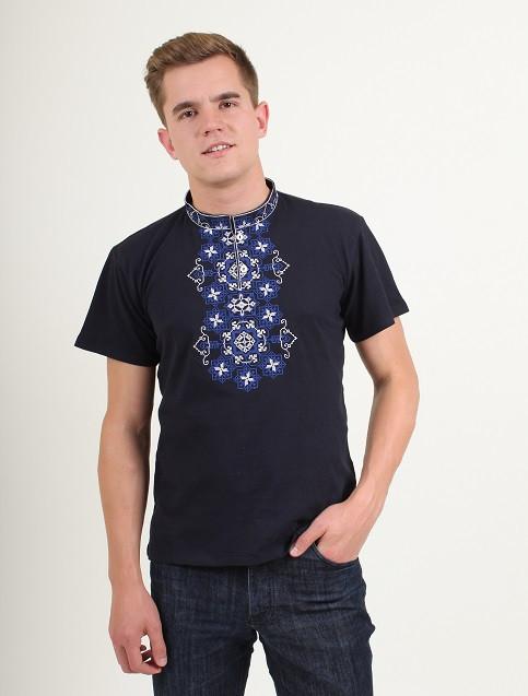 Мужская футболка вышиванка с синим орнаментом