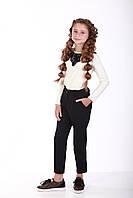 Блуза  молочная с черным кружевом