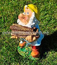 Садовая фигура Гном дровосек малый, фото 2