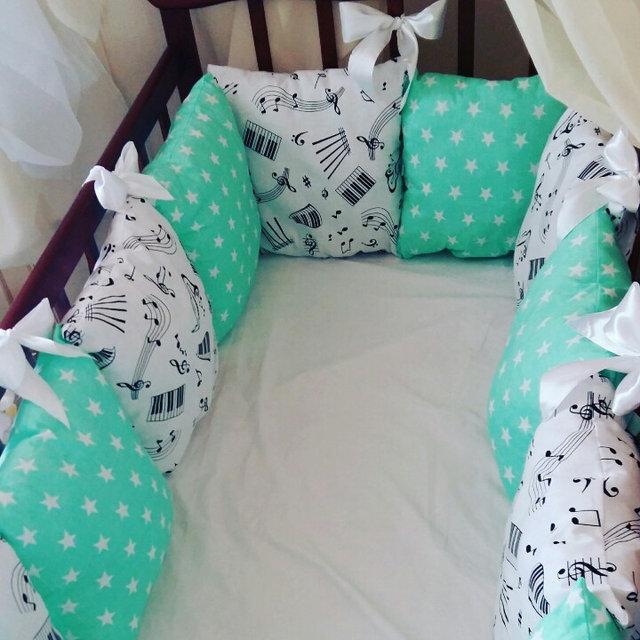 Бортики-защита в кроватку