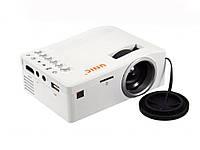 Портативный проектор UNIC UC18  Белый
