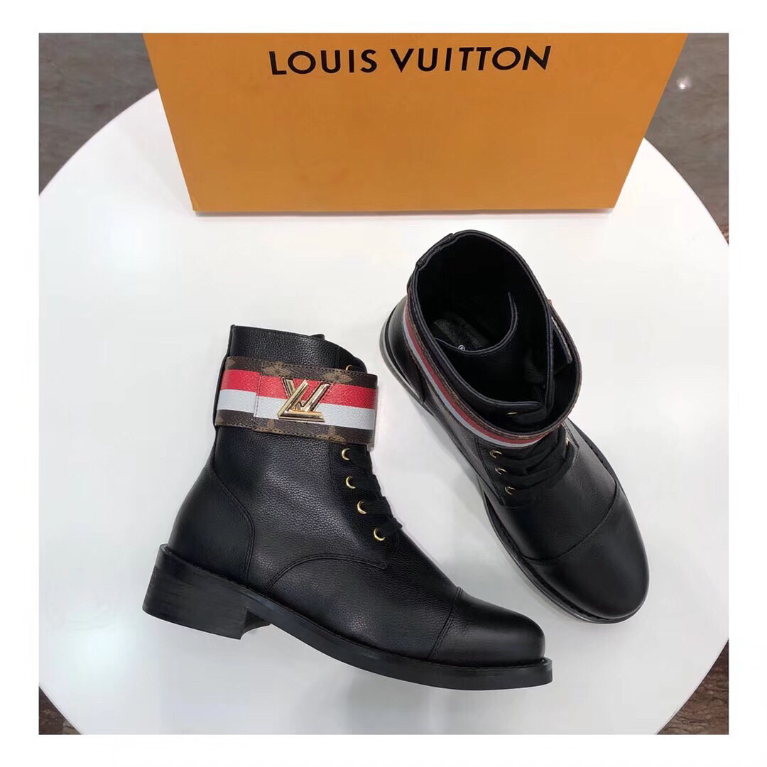 Женские ботинки Louis Vuitton кожаные на шнуровке с принтом  продажа ... a7fd9f24aeb