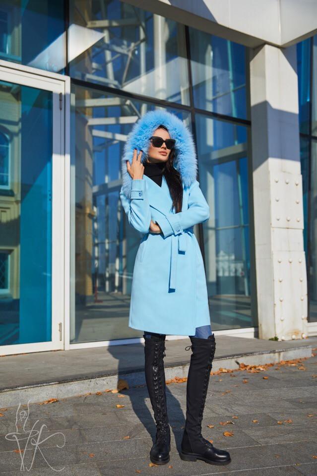 Кашемировое женское пальто с мехом на капюшоне 6002130