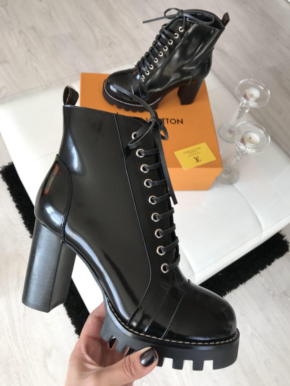 Ботильоны женские кожаные лаковые брендовые LV со шнуровкой премиум-качество  размер 37-40 25f01970bda