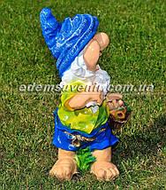 Садовая фигура Гном с фруктами большой, фото 3