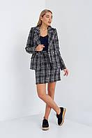 Молодежный костюм в клетку: юбка и пиджак осень-зима 2018
