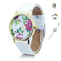 """Женские наручные часы """"Geneva"""" белые с цветочками"""