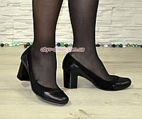 Женские туфли на невысоком каблуке из натуральной кожи и замши черного цвета, фото 1