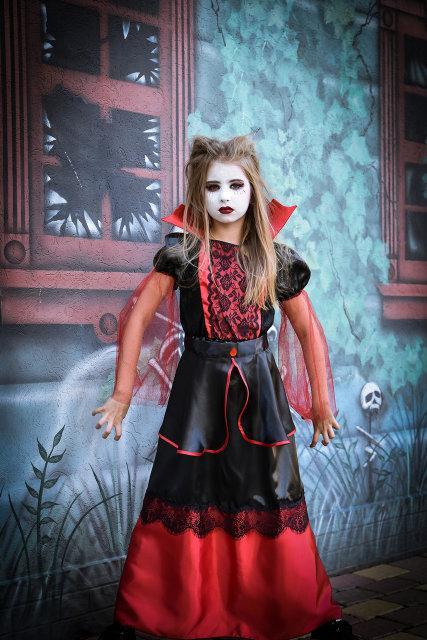 Детский карнавальный костюм Вампирша (32-40)