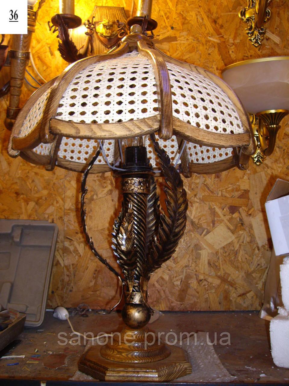 Настольная лампа кованая