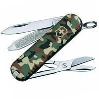 Нож Складной Мультитул Викторинокс Victorinox Classic SD (58мм, 7 функций), камуфляжный 0.6223.94