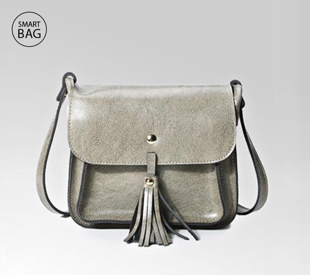 Небольшая женская кожаная сумочка | серая