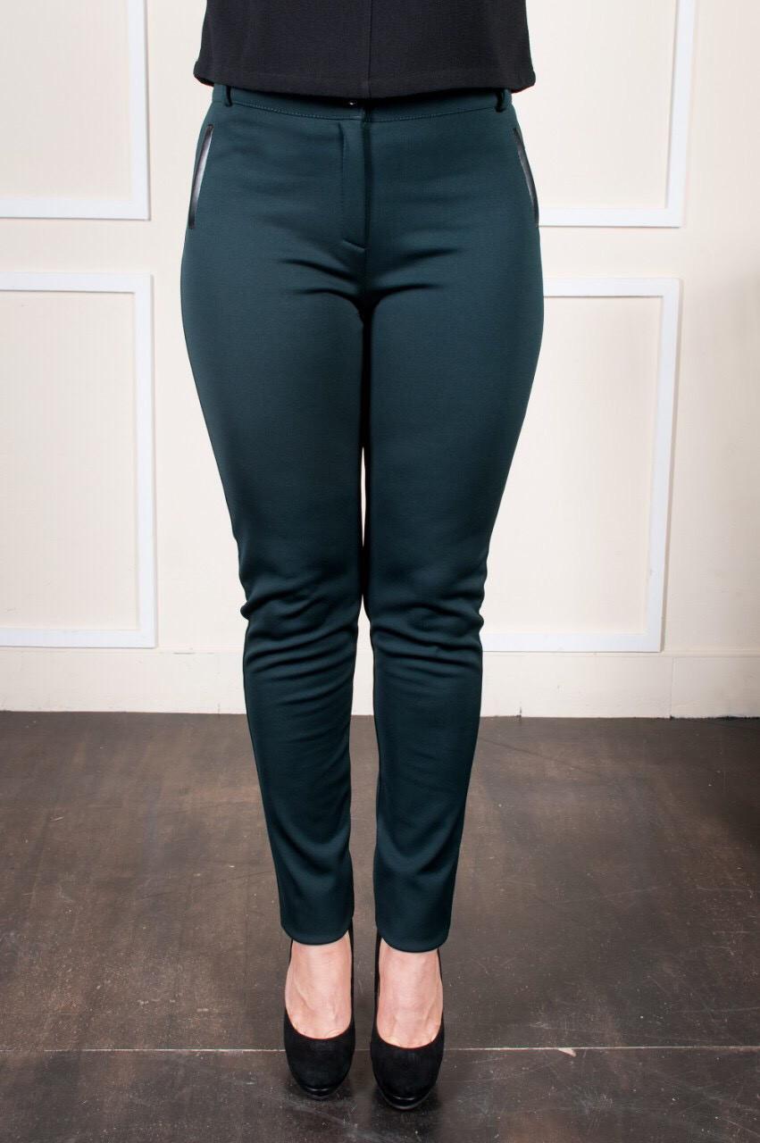 Модные женские брюки Аманда бутылочного цвета
