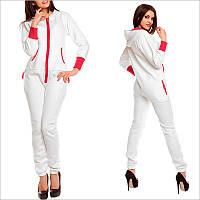 Теплый комбинезон женский - белого цвета, смежной карманчик, застежка - молния