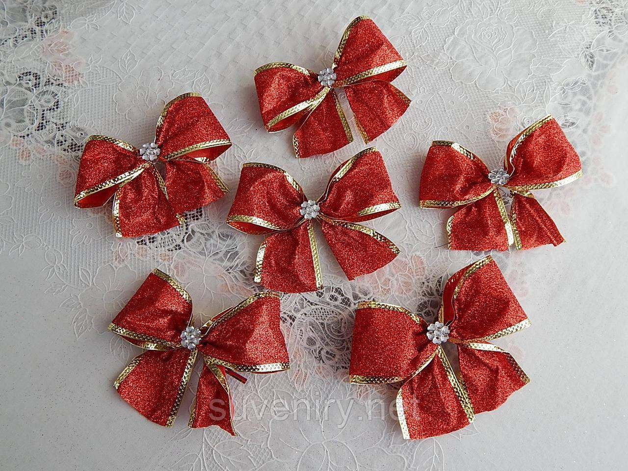 Новорічні банти на ялинку в блискітках червоного кольору