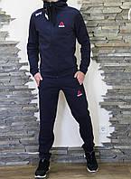 99f46f2530d799 Спортивный мужской теплый костюм Reebok UFC Рибок ЮФС с капюшоном темно- синий (реплика)