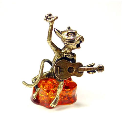 Кот с гитарой фигурка из бронзы