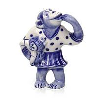 Фигурка Шимпанзе с куклой керамическая роспись гжель