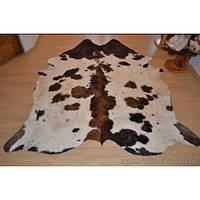 Ковер из коровьей кожи бело-коричневого окраса