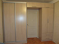 Шкаф купе на заказ с проходом в другую комнату Z-165