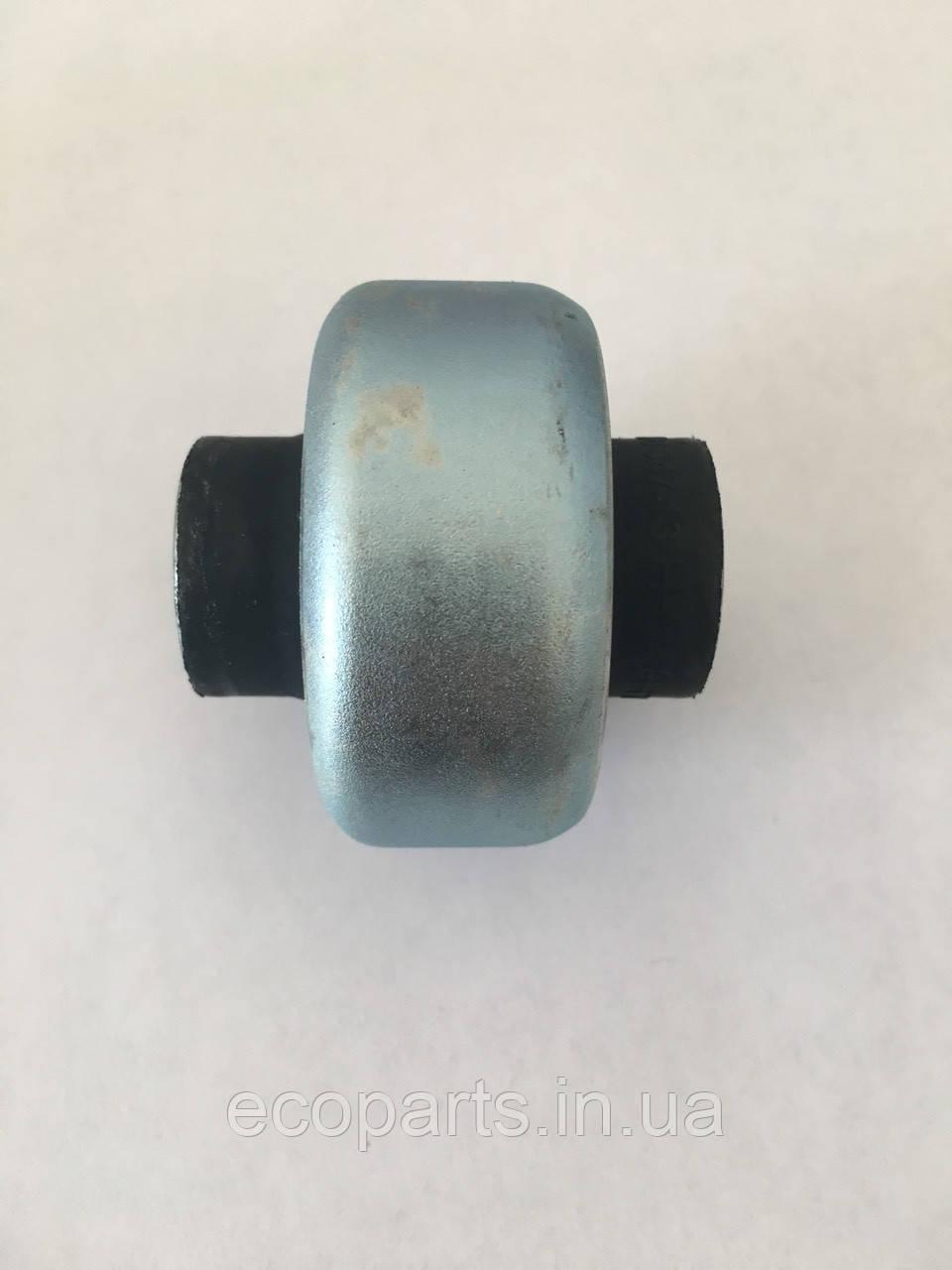 Сайлентблок перед важеля задній Nissan Leaf (10-17)