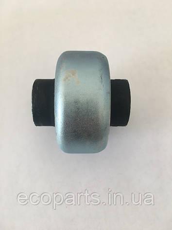 Сайлентблок перед рычага  задний Nissan Leaf (10-17), фото 2