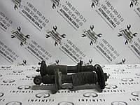 Передний амортизатор Infiniti Qx56 (56110-7S609), фото 1