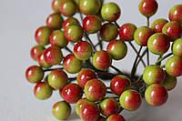 Глянцевые ягоды зеленого цвета с красным бочком (калина) около 50 шт/уп., фото 1