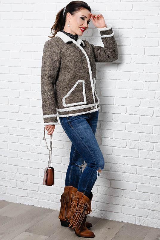 Тепла жіноча куртка - Стріт - капучіно
